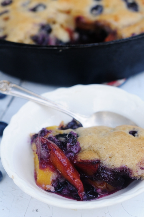 Delicious Nectarine Blueberry Cobbler Recipe: FruitShare